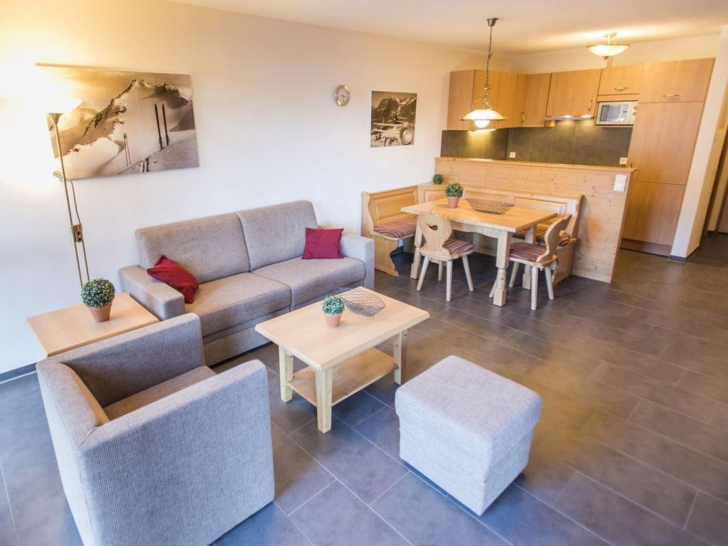8 personen ferienwohnung komfort 8a in landal brandnertal. Black Bedroom Furniture Sets. Home Design Ideas