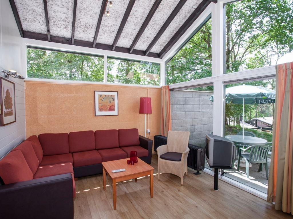 5 personen ferienhaus 5cm in landal de lommerbergen. Black Bedroom Furniture Sets. Home Design Ideas
