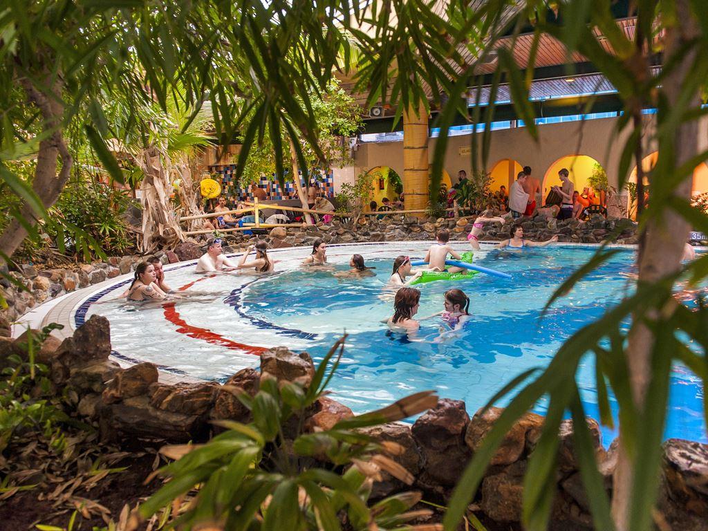 Subtropisches badeparadies von landal greenparks