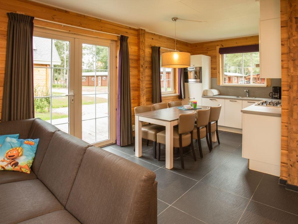 6 personen kinder ferienhaus komfort 6ck in landal mooi. Black Bedroom Furniture Sets. Home Design Ideas